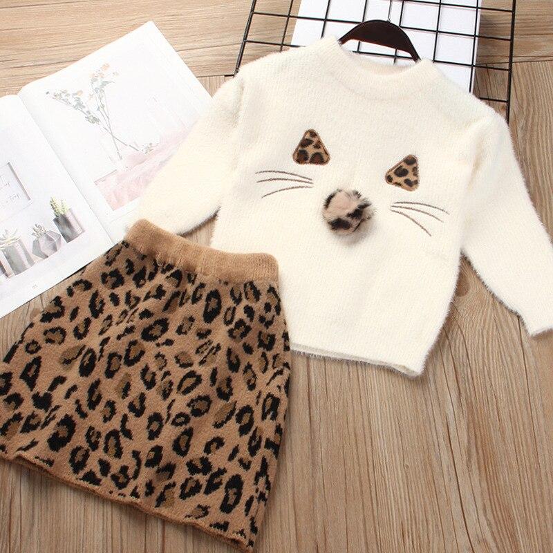 Traje de 2 piezas de manga larga con bonito bordado de princesas y dibujos animados para niña, traje de estampado de leopardo para primavera y otoño