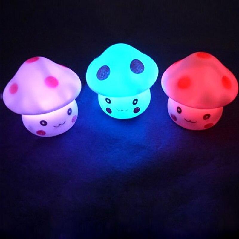 Lámpara LED de colores Dozzlor con forma de seta para niños, bonita lámpara nocturna de varios colores, lámpara LED automática para dormitorio, chico