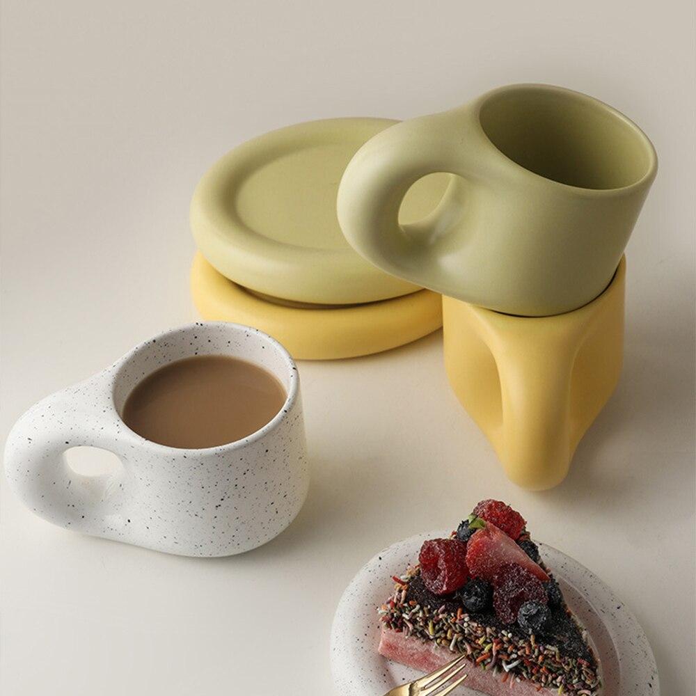 Kawaii السيراميك القدح الدهون مقبض كوب البيضاوي فنجان القهوة طقم أكواب حاوية عصير الشاي Cet الكورية الدهون كوب كوب حفلة هدية مجموعة 300 مللي