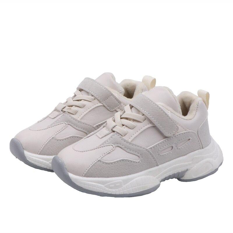 Спортивная обувь для мальчиков на осень белые детские кроссовки модные бега