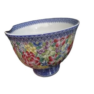 Chinese Old Porcelain Pastel Blue And White Porcelain Bowl FLOWER Bowl