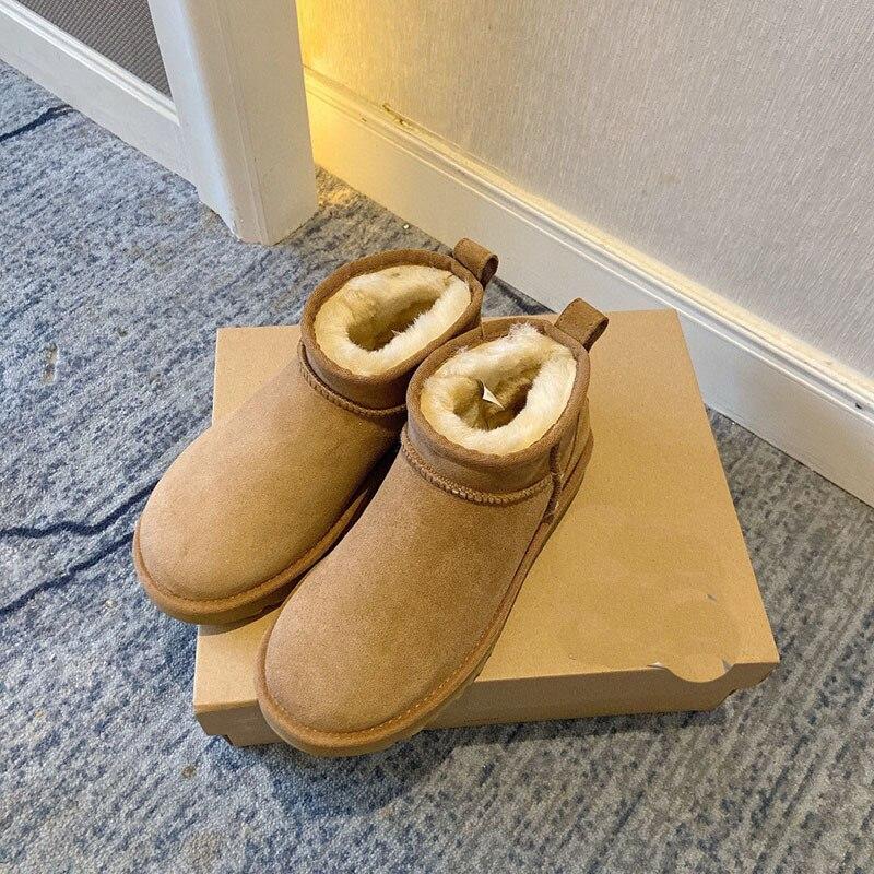 2020 جديد جلد الغنم الصوف المتكاملة مكافحة التزلج أحذية النساء أحذية بوت قصيرة الشتاء الدافئة سميكة أحذية نسائية السفر في الهواء الطلق