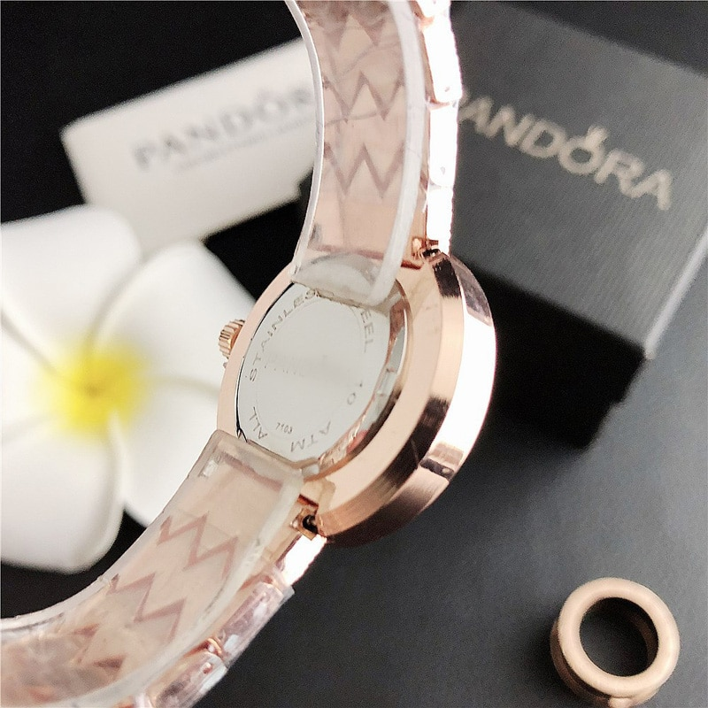 YUNAO  Women's Watch New Fashion Simple Mesh Strap Watch Foreign Trade Women's Diamond Fashion Watch 2021 New Product Hot Style enlarge