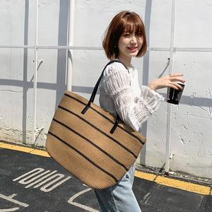 2021 New Straw Stripe Bag New Straw Summer Fashion Simple Handbag Travel Vacation Shoulder Bag Women Bag
