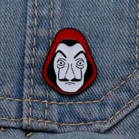 house of cards badge for man and women lapel hatbag enamel pins denim jacket oil drop salvador dali mask brooches s202