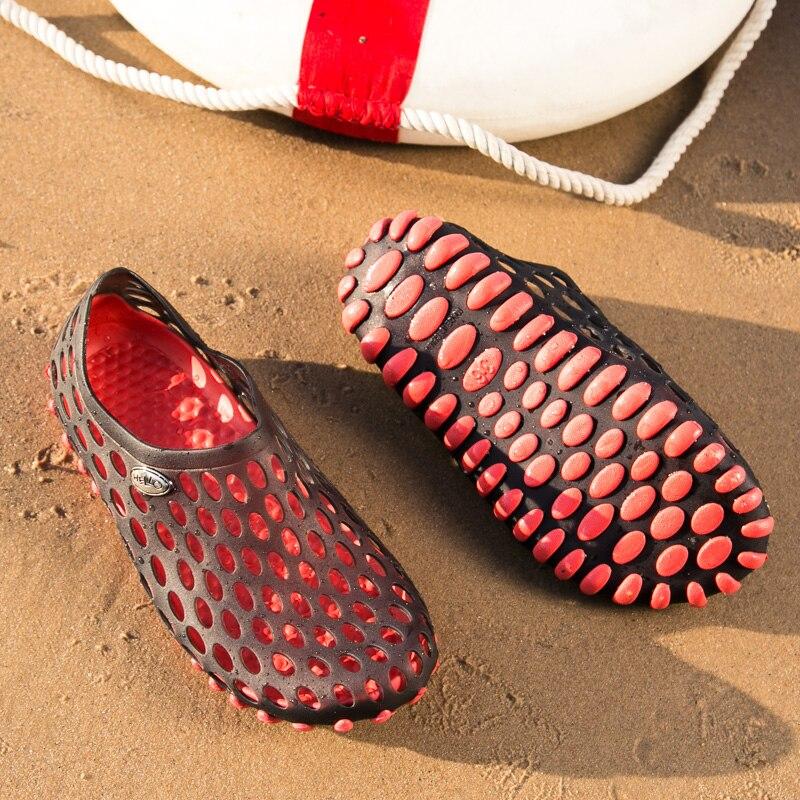 Beach Walking Slippers Clogs Shoes Man 2021 Summer Clogs for Women EVA Injection Shoes Lightweight Non Slip Sole Men Sandals