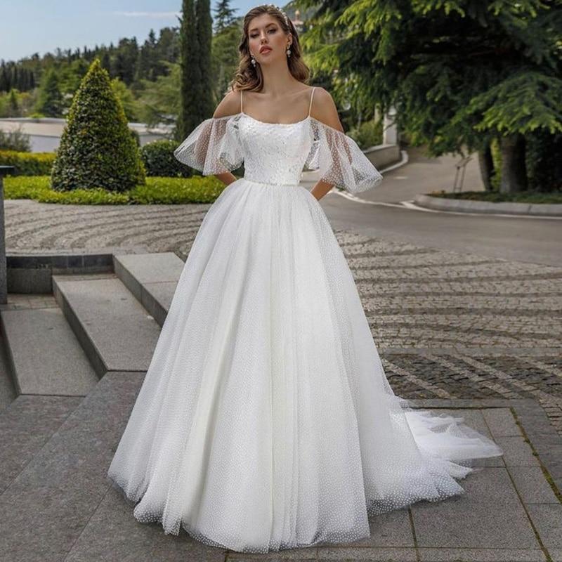 Promo Stunning Vintage Wedding Dress Lace Dots Tulle Princess Boho Wedding Gowns Spaghetti Straps Beach Bridal Dresses Plus Size 2021