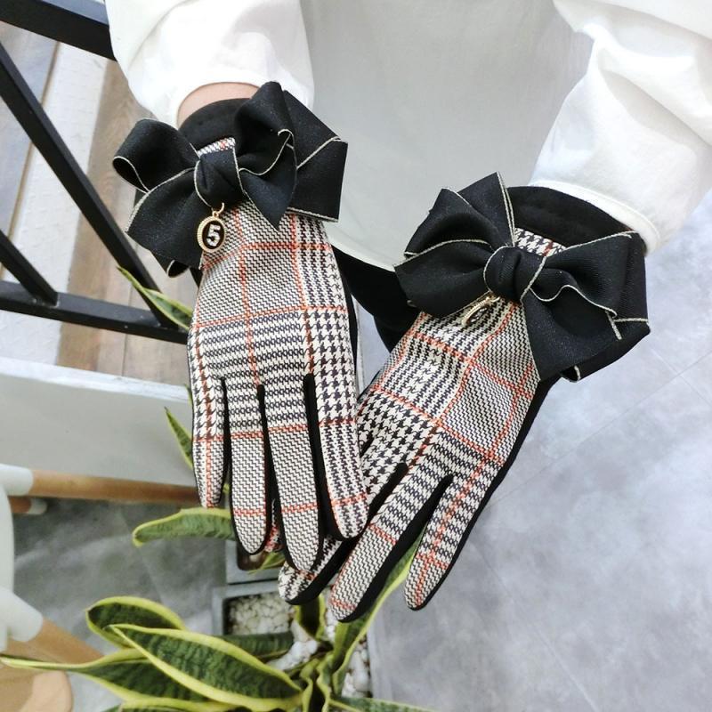 Корейская версия клетчатых замшевых женских осенне-зимних больших бархатных теплых перчаток с бантом для сенсорного экрана 5 слов студенче...