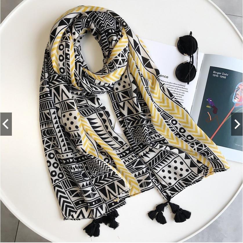 2021 Newest Women Fashion Scarf Shawls Wraps Hijabs Geometry Printed Tassel Scarf