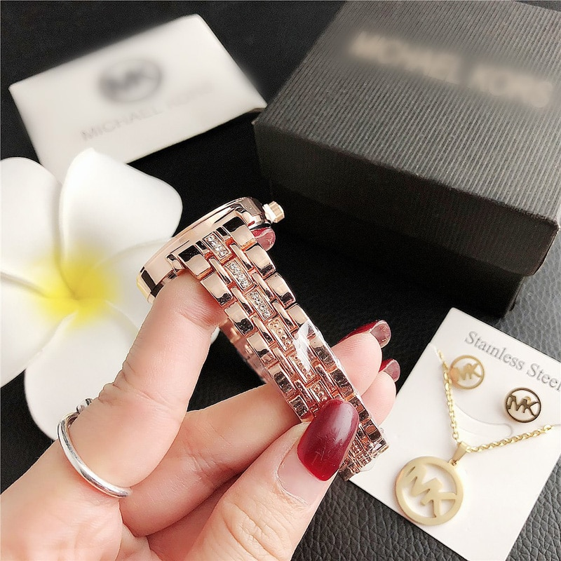 YUNAO Jewelry Exquisite Rhinestone Necklace Earring With Watch Three Piece Set Hot Selling Elegant Three Piece Watch Set enlarge