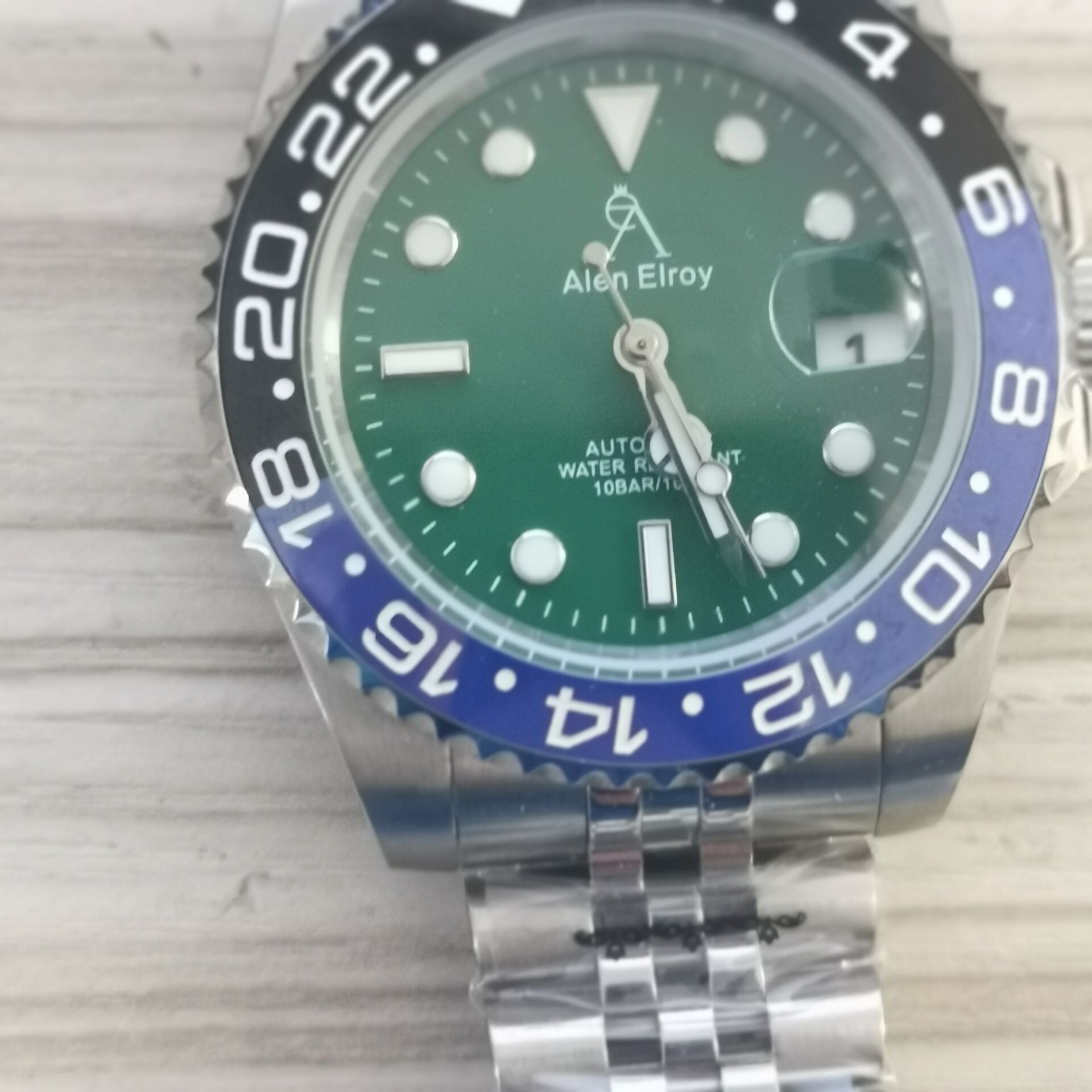 AE High-end watches men's automatic U1 factory ceramic bezel sapphire glass luminous needle sweep movement luxury green sub