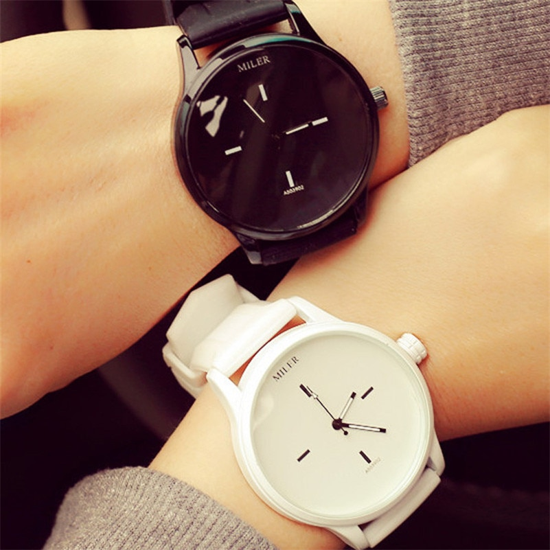 Black White Couple Watches Tables Fashion Spell Color Analog Big Dial Men Women Silicone Watch Dress