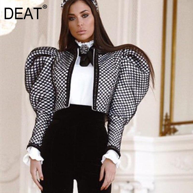 Женская короткая куртка с рукавами-фонариками DEAT, весна 2020