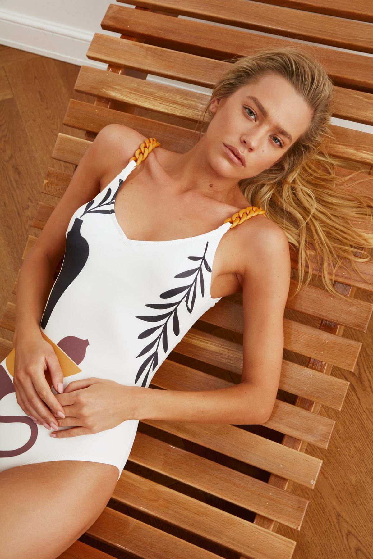 Trendyol Vase Printed Swimwear TBESS21MA0068