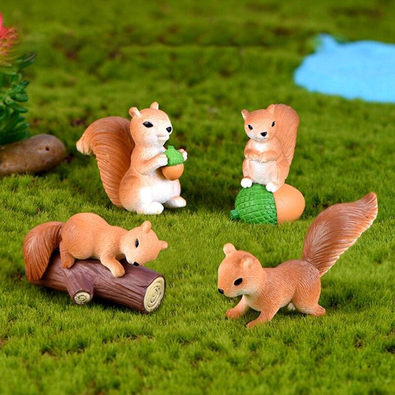 1Pcs/3Pcs/4pcs Lovely Family Model Cartoon Animal Figurine Dollhouse Cake Home Decor Miniature Fairy Garden Decoration