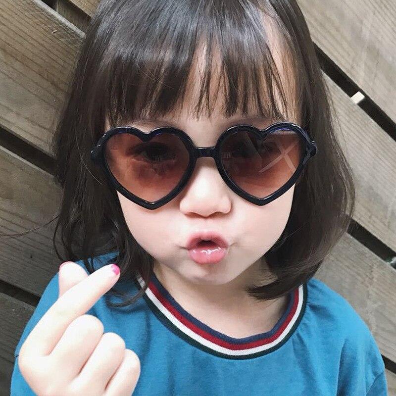 2020 gafas De Sol con forma De corazón para los niños negro rojo pequeño marco gafas De Sol Vintage niños chicas chicos niños gafas De Sol
