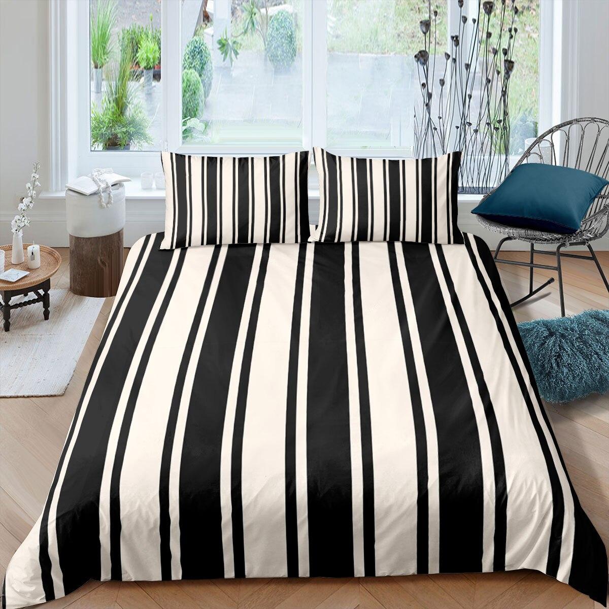 قماش مخطط أبيض وأسود طقم سرير الموضة الحديثة ثلاثية الأبعاد طقم أغطية لحاف المعزي أغطية سرير التوأم الملكة الملك حجم واحد هدية المنزل