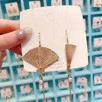 2020 new hand folding chinese style antique metal fan folding fan earrings and tassel pearl earrings