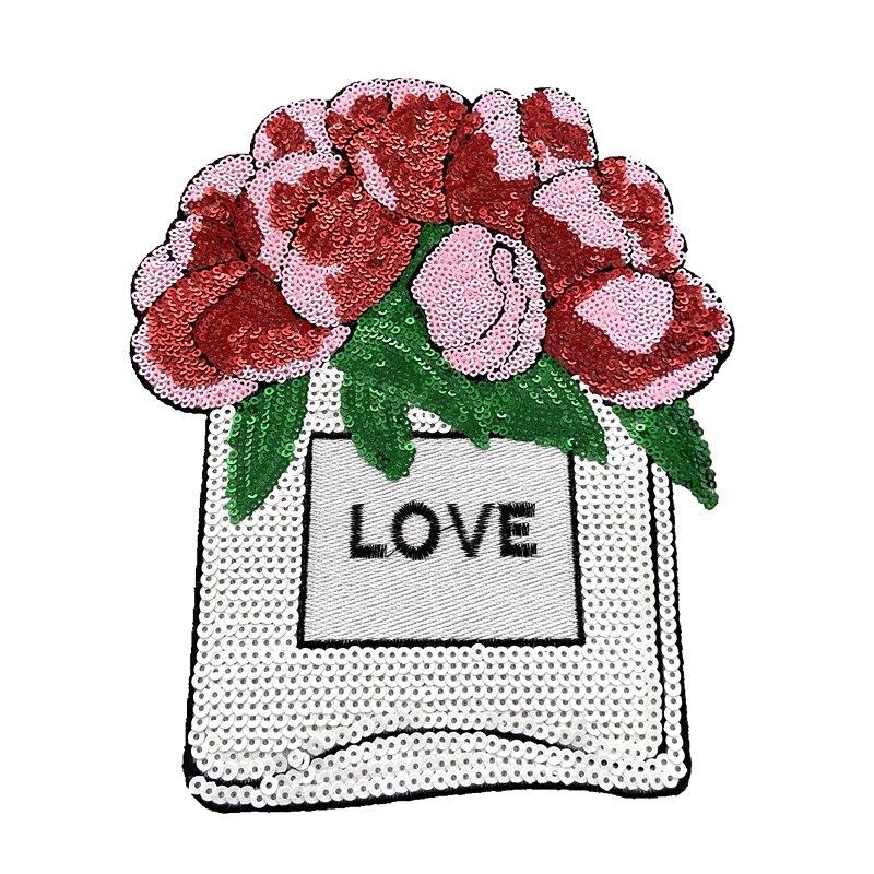 LOVE on perfume-jarrón de flores para coser, parches florales personalizados, parche bordado...