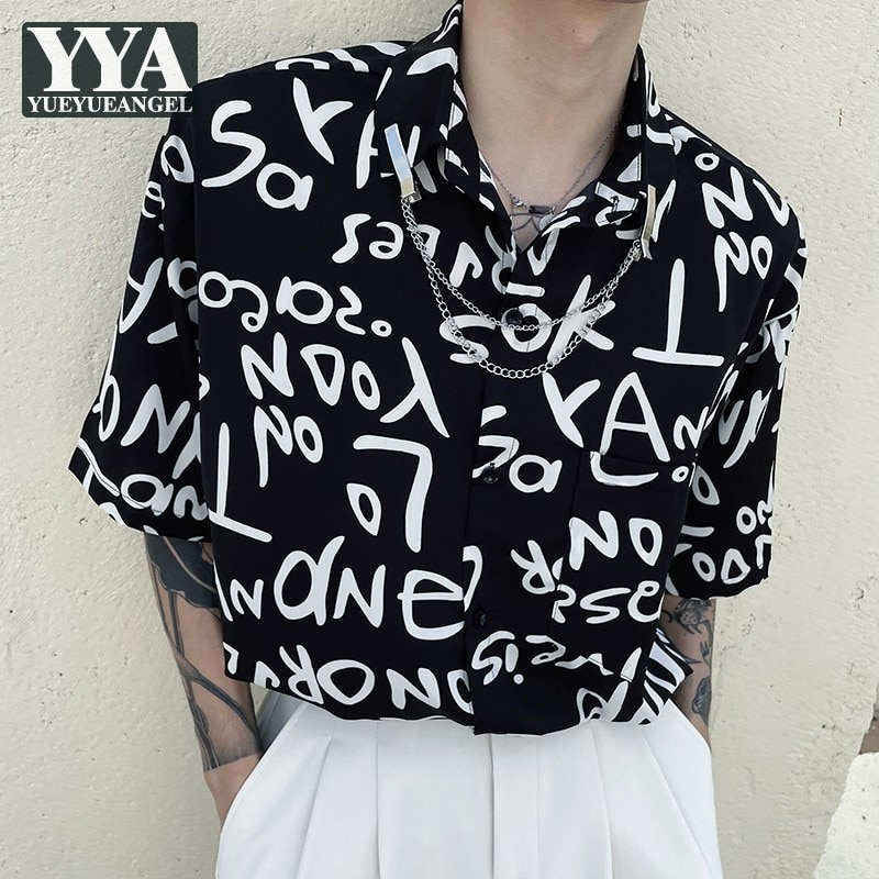 مصمم رجالي الصيف خطابات مطبوعة فضفاضة تناسب قمصان غير رسمية Harajuku Steetwear بلايز رجل الموضة قصيرة الأكمام سلسلة قميص أسود