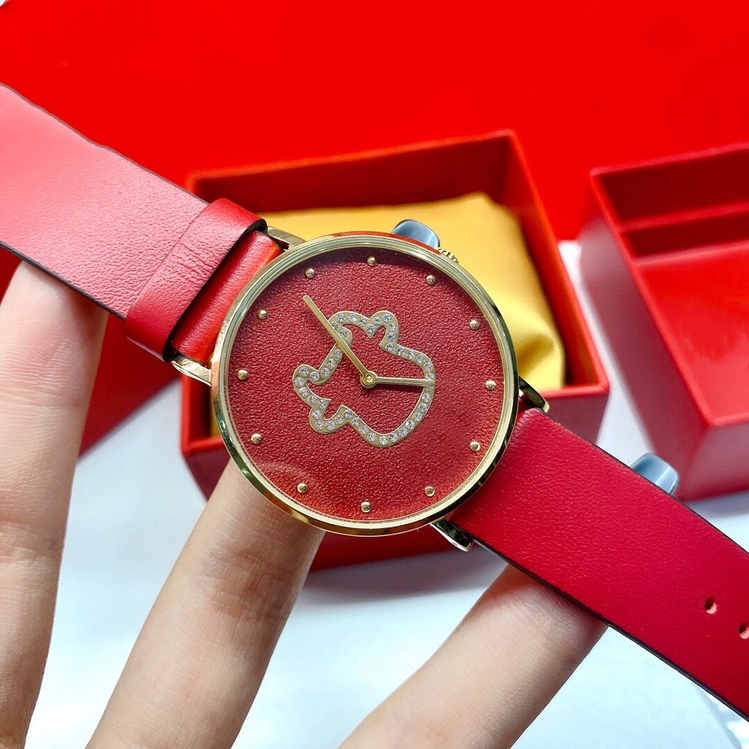Classic Women Geometric Animal Watches ladies red leather bracelet Stainless steel quartz Wristwatches For The New Year 36mm