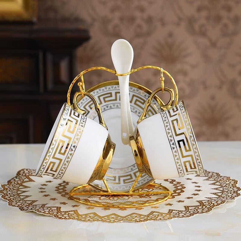 الأوروبي السيراميك فنجان القهوة و طقم أطباق المنزل الإبداعية عالية الجودة الذهب ريم طقم شاي مكتب فندق مج مياه الأزواج كوب