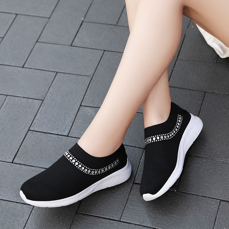 2020 autumn Women Sport Shoes Black Pink White Tennis Shoes for Women Sneakers Jogging Walking Breathable Ladies Trainers Cheap