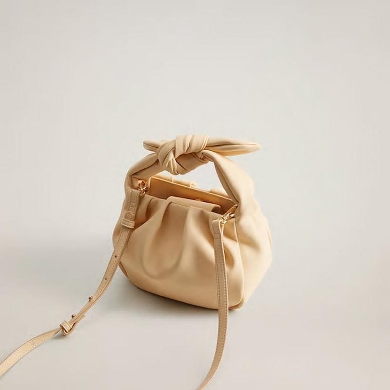OLUOLIN New Luxury Small Cute Cloud Shape Messenger Bag Black Pleated Dumpling Shoulder Bags Handbags Ladies Crossbody apricot