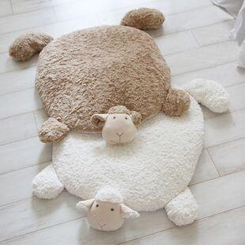 Alfombra creativa de ovejas súper lindas Ins, Alfombra de entrada de dibujos animados para mascota doméstica, cojín para sofá, Alfombra de pie cálida, decoración para el hogar, regalo para amigos