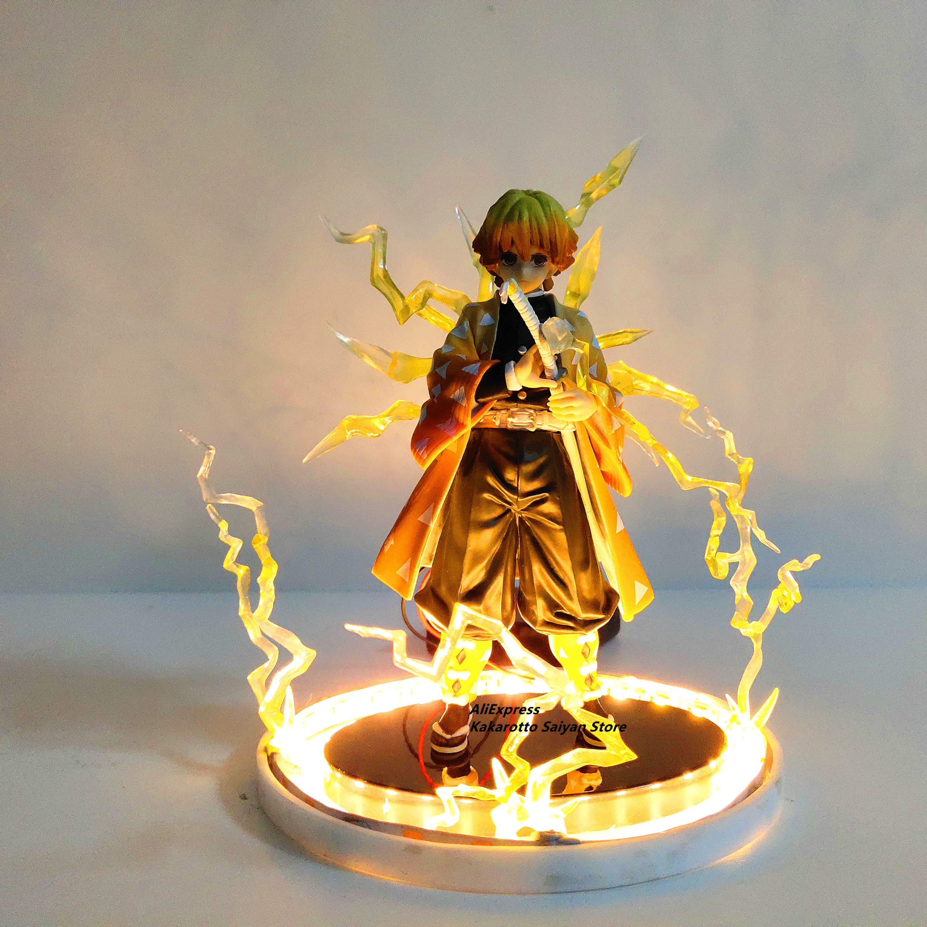 Dämon Slayer Agatsuma Zenitsu PVC Action-figuren Thunderclap und Flash Wirkung Anime Kimetsu keine Yaiba Figurine Modell Spielzeug