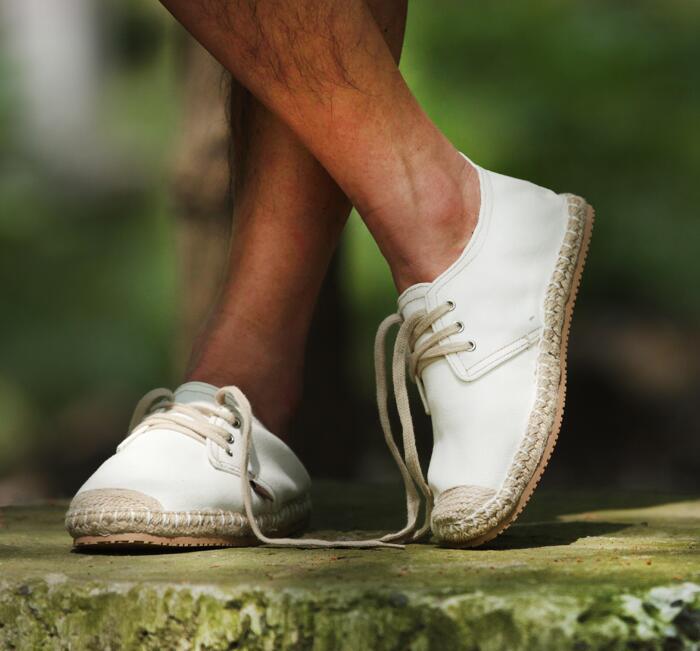 38-47 par de zapatos de lona lino Niño flaxen paja zapatos hechos a mano cuerda de cáñamo inferior hombres zapatos cordones material de naturaleza