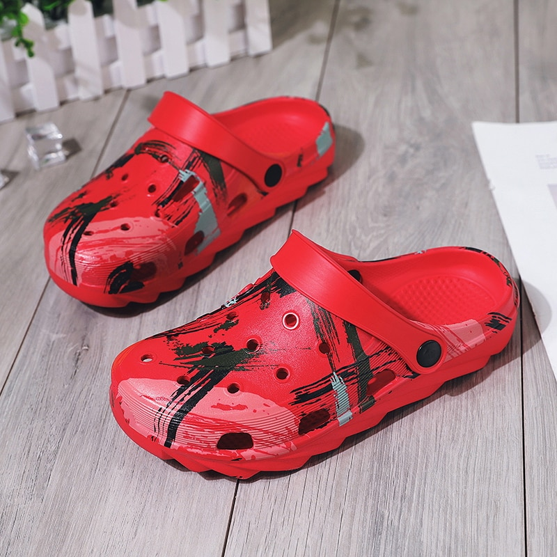 ¡Verano 2020! Sandalias de playa para mujer, zuecos rojos, zapatos de Croc EVA, Sandalias planas ligeras, Sandalias Unisex, zapato colorido