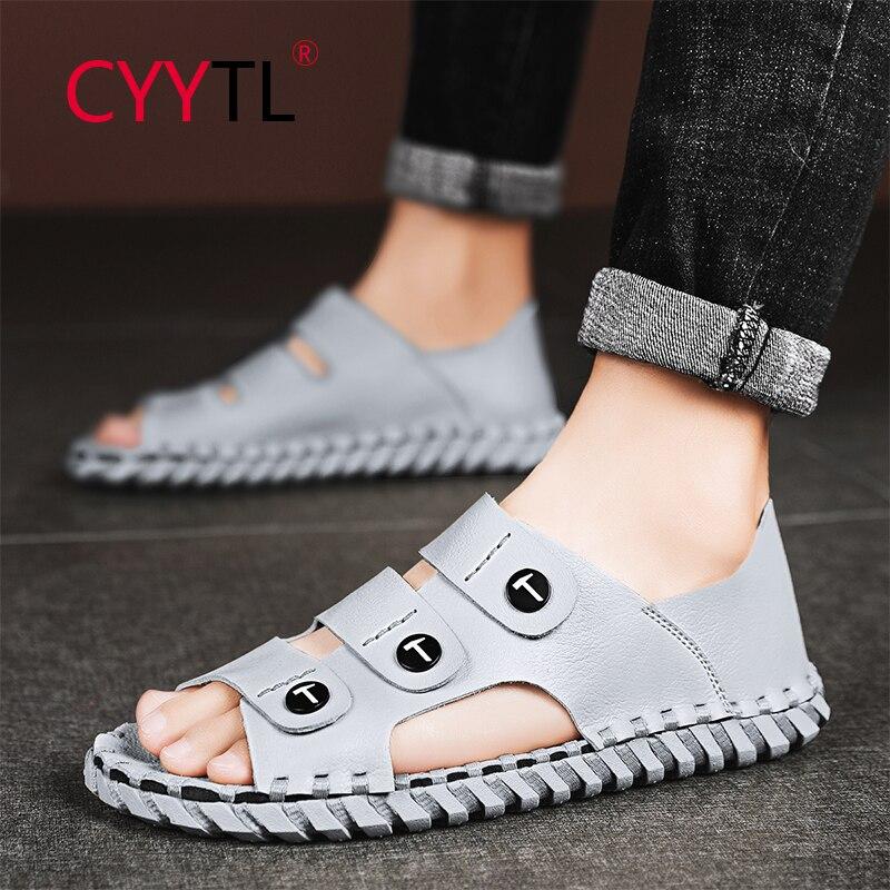 CYYTL 2021 الصيف موضة المفتوحة تو جلد الرجال الصنادل الخياطة الشاطئ الذكور أحذية مشي شباشب لخارج المنزل الانزلاق على الروماني Sandalias