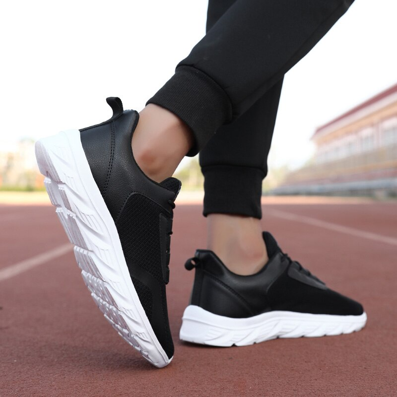 Male Sneaker Mesh Breathable Big Size Comfortable New Fashion Men Sneakers Running Shoes Tenis Mascu