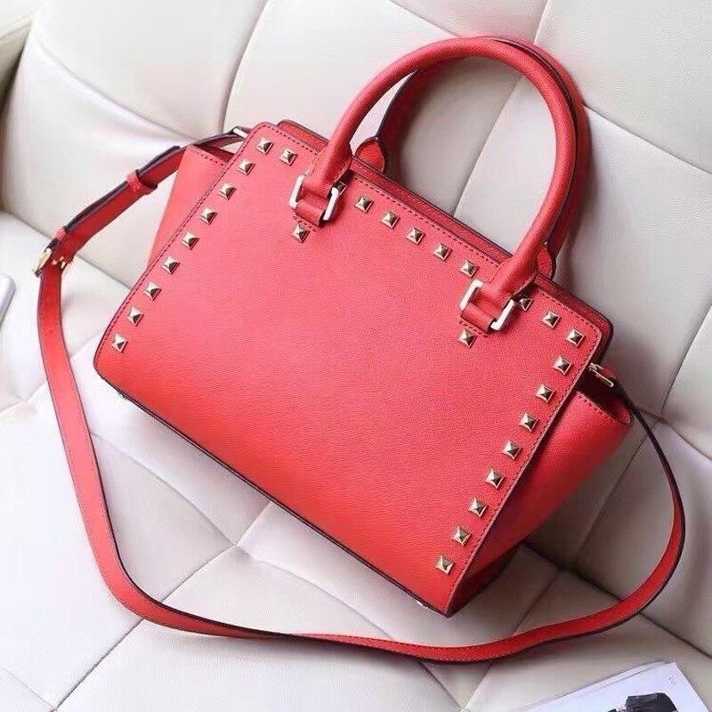 Nuevo bolso de moda europeo y americano para mujer, bolso de mensajero con cara sonriente, bolso de murciélago con bolsa de uñas, bolso para mujer