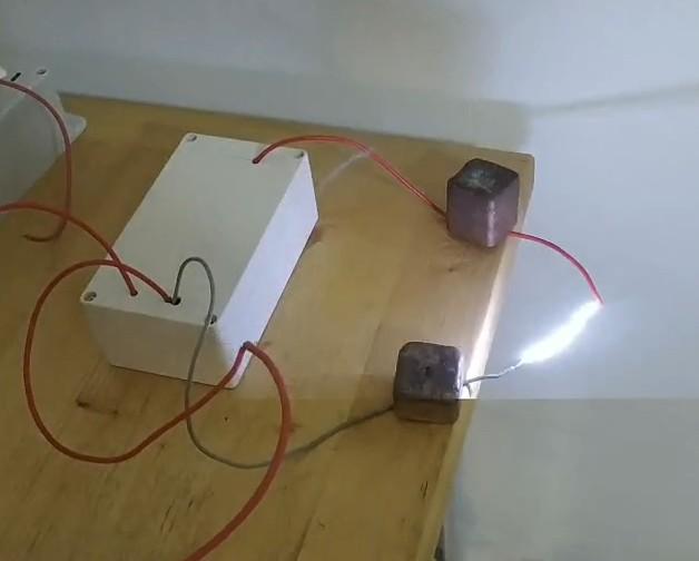 تذوب رذاذ القماش عالية الجهد كهرباء الإلكتريت غير المنسوجة عالية الجهد امدادات الطاقة كهرباء مولد 60KV 120KV