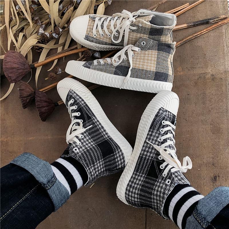 Zapatillas de deporte de los hombres zapatos casuales zapatos de niño de encaje de zapatos 2019 de moda de alta-parte superior de lona de los hombres zapatillas de deporte clásico color gris negro L11-98
