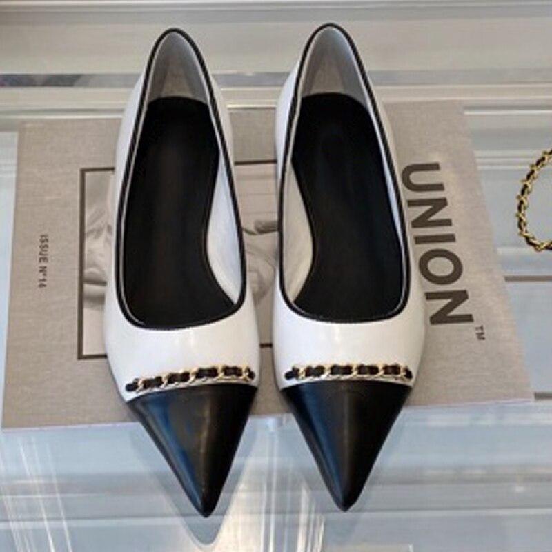 الرجعية المرأة الصنادل زخرفة المعادن مختلط الألوان النساء مضخات غطاء غير رسمي كعب أشار حذاء مزود بفتحة للأصابع