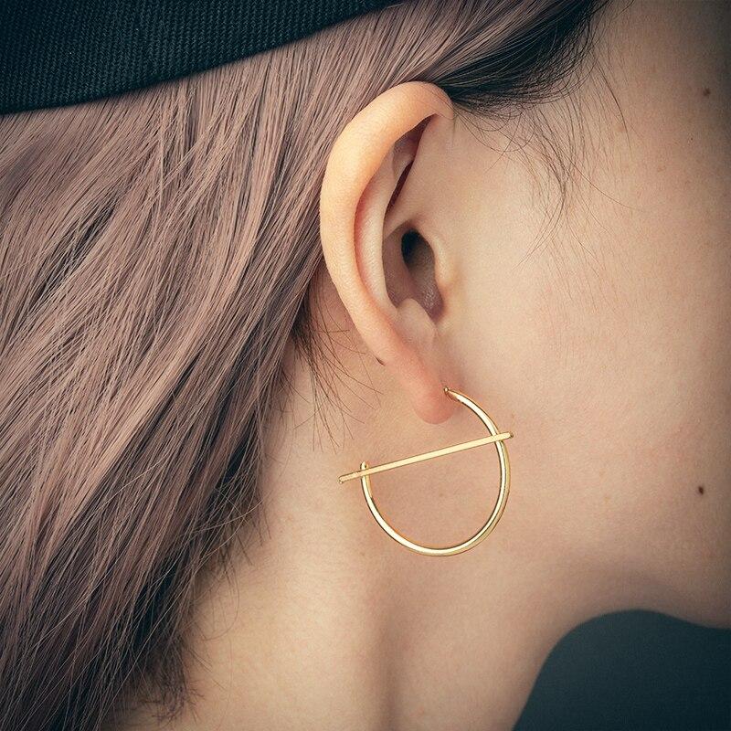 Nova moda simples incomum ouro prata cor gota brincos para mulheres orelha manguito metal piercing balançar brinco 2020 tendência jóias