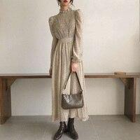 Ретро-платье с цветочным принтом Посмотреть