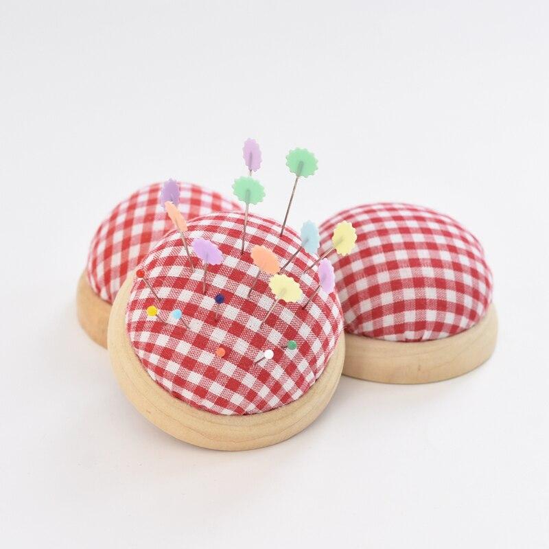 2Pc Ball Geformt DIY Handwerk Nadel Pin Kissen Halter Mit Holz Unten Nähen Pin Kissen Hause Nähen Werkzeuge Zubehör