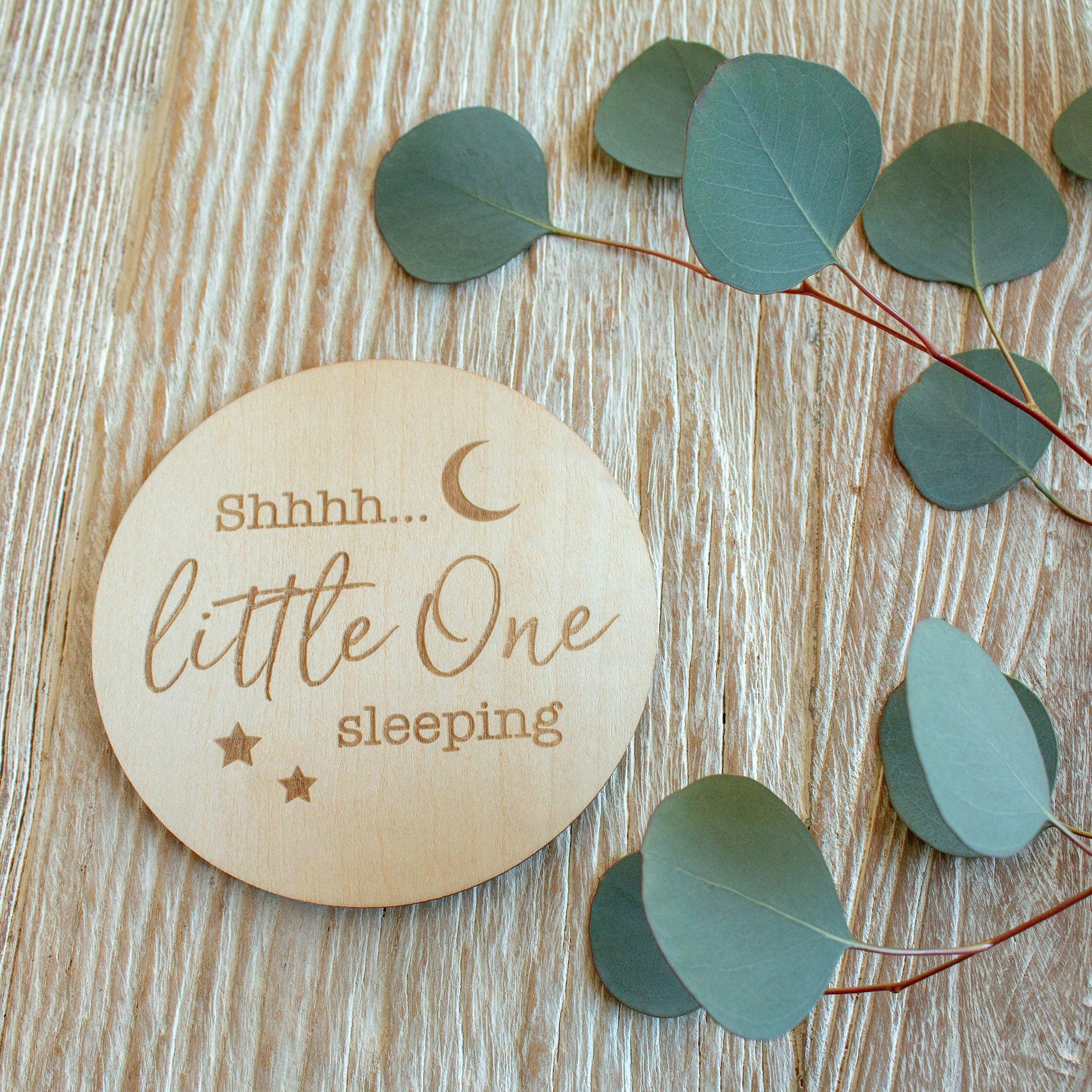 1pcs Little One Sleeping Milestone Disc wood signs
