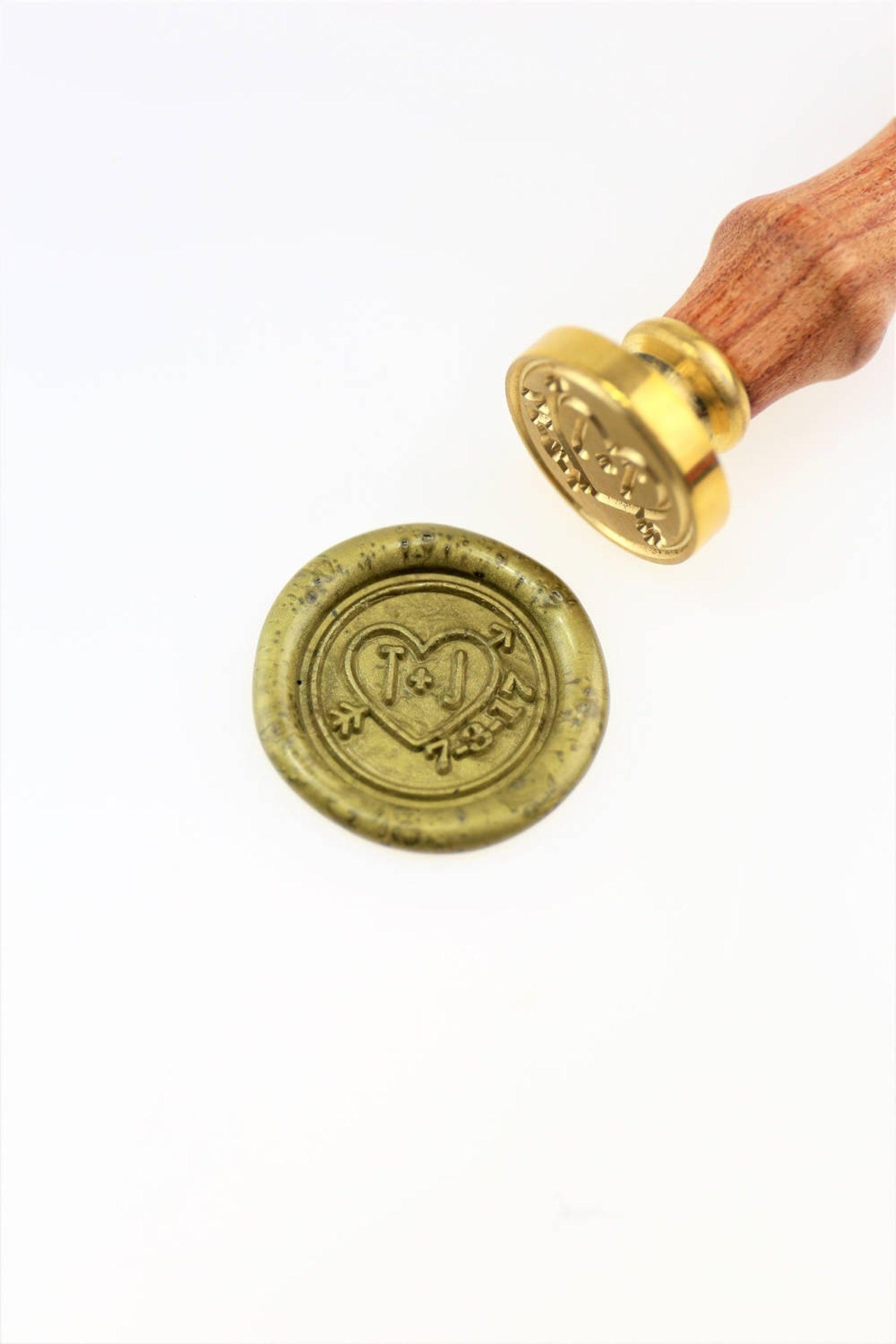 Do costume Do Coração e as iniciais Selo De Cera Selo/save the date monograma selo/Custom selos de casamento/convite de casamento selo/custom weddin