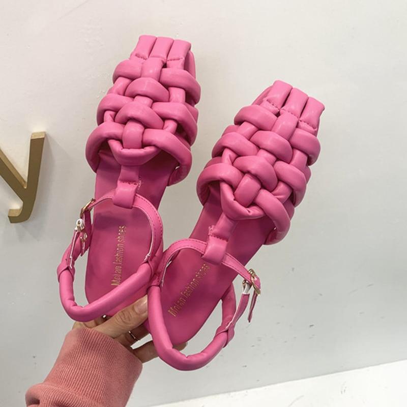 النساء الصنادل موضة حذاء مسطح 2021 ربيع جديد السيدات الراحة صندل عادي خارج النساء أحذية نسج أحذية نسائية