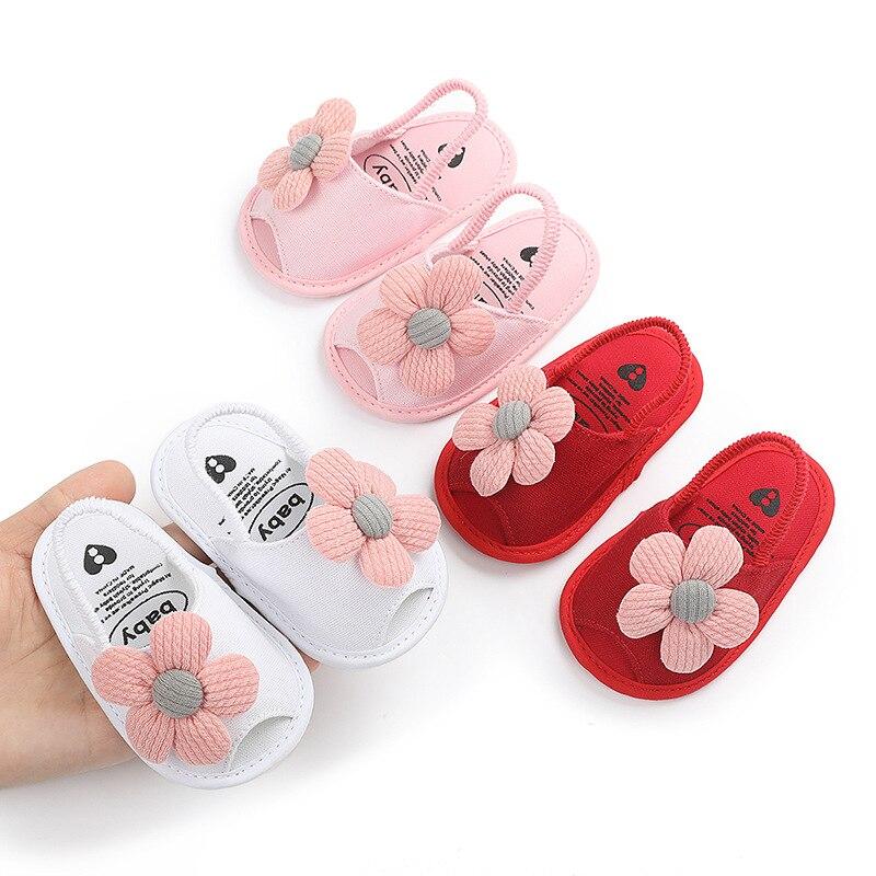 Bonitas sandalias suaves con flores para niñas de 0 a 18 meses, sandalias para recién nacidos de verano para primeros pasos, zapatillas antideslizantes para niñas