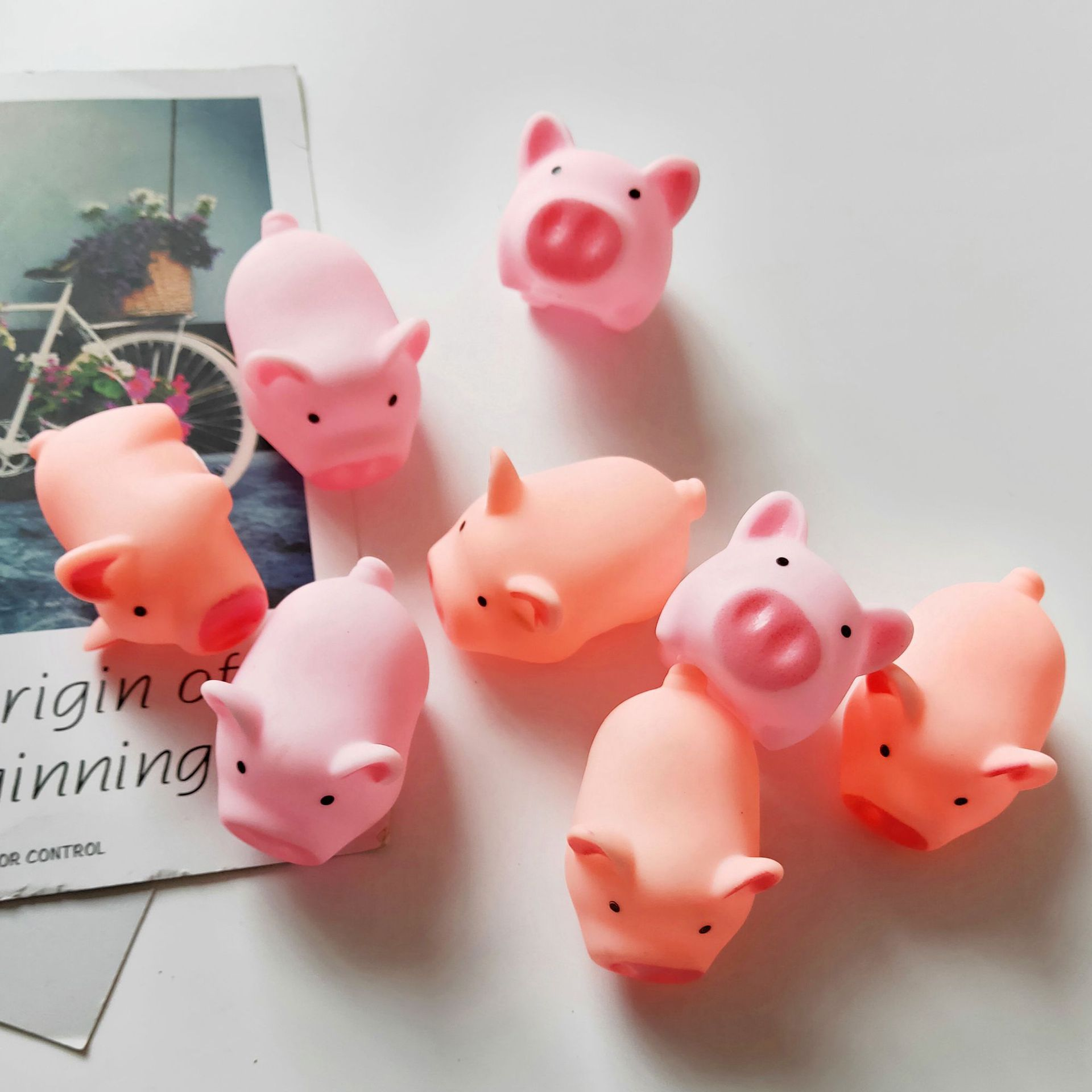 Cstem Cute Pink Piggy Squeezing Decompression Toy Kawaii Pigs Pinch Voice BB Reliever Tease People Anti Stress Toy enlarge