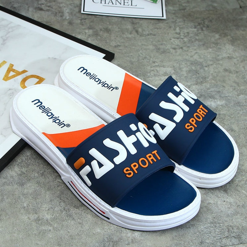 Men Slippers Summer Outdoor Cool Slides Male Couple Beach Sandals Fashion House Shoes Non-slip Floor