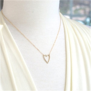Europe And The United States Cross-Border Hollow Out Love Hearts Necklace Female Pendant