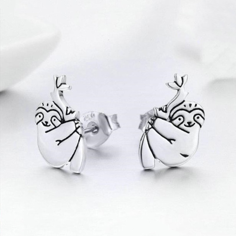 Simple and delicate cute animal small sloth geometric pattern jewelry ladies engagement wedding gift earrings