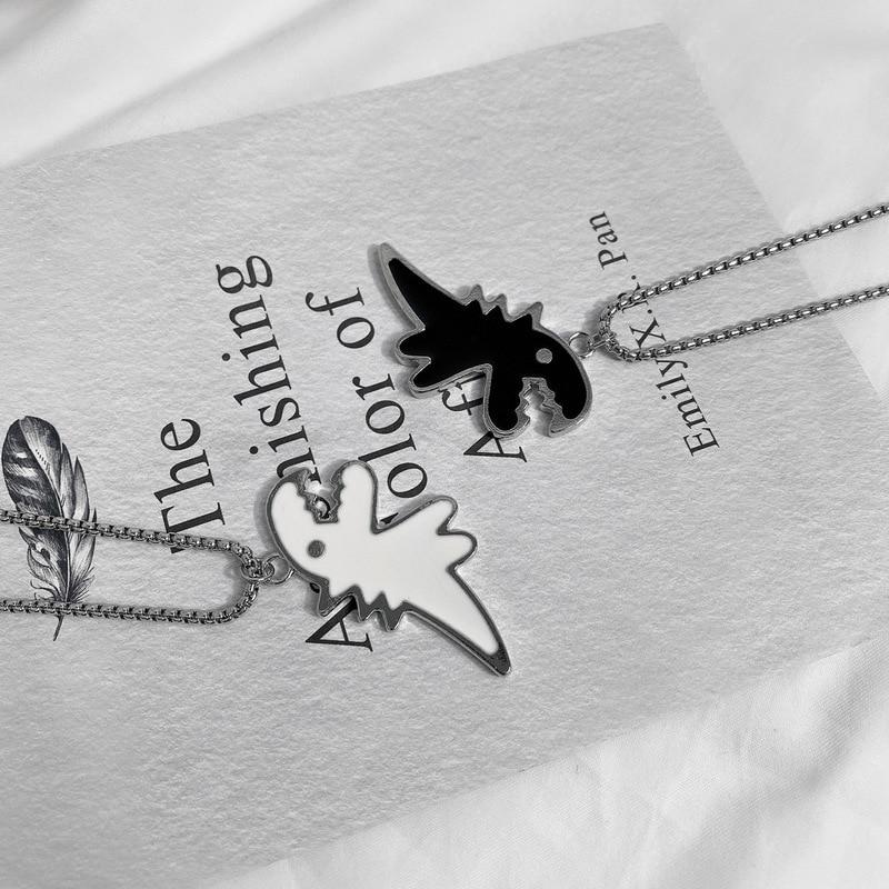 Origin Summer Hiphop Titanium Dinosaur Black White Chunky Pendant Necklace for Women Unique Design Animal Jewelry